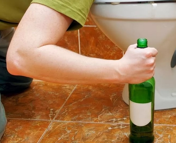 Как убрать рвоту после запоя