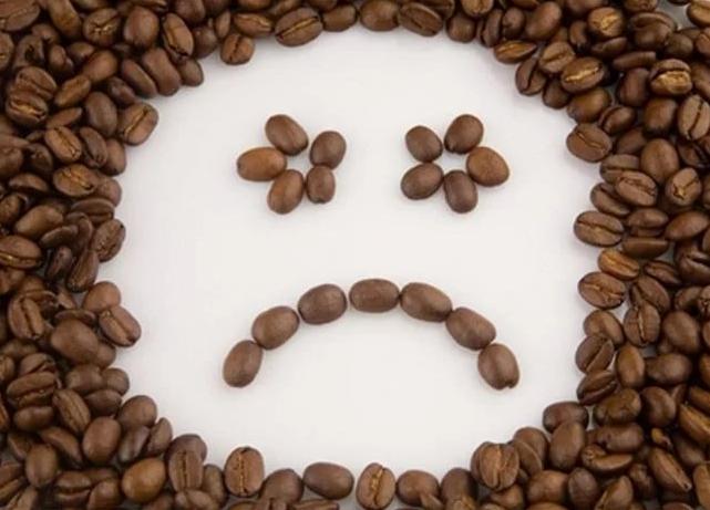 понос от кофе почему