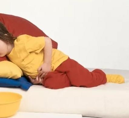 Вялость и сонливость у ребенка после отравления и рвоты — Сам себе Доктор